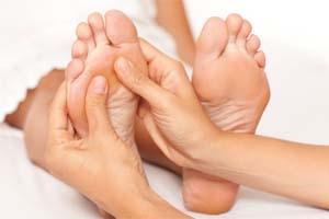 Massage pied reflexologie